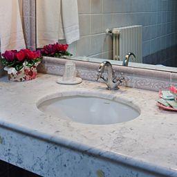 Corte_Estense-Ferrara-Bathroom-1-82279.jpg