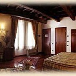 Corte_Estense-Ferrara-Junior_suite-82279.jpg