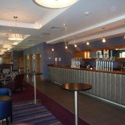 Hotel bar Oxford Spires Four Pillars