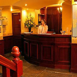 Recepción Old Tollgate Restaurant And Hotel Bramber Brighton (Brighton and Hove, England)