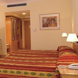 Bay_Street-San_Giljan-Room-2-83699.jpg