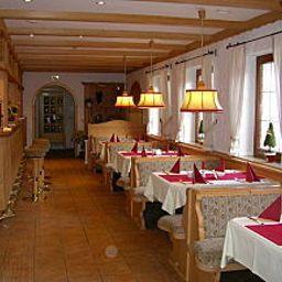 Koehlerhuette_Fuerstenbrunn-Beierfeld-Restaurant_Frhstcksraum-1-83730.jpg