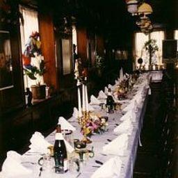Schwanen_Gasthaus-Boeblingen-Banquet_hall-84565.jpg