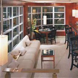 Lords_South_Beach_at_Nash-Miami_Beach-Hotel_bar-84590.jpg