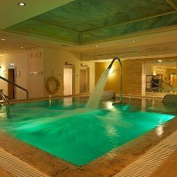 Fuerte_Miramar-Marbella-Pool-5-85554.jpg