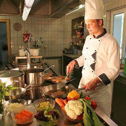 Zimba-Brand-Kitchen-1-85672.jpg