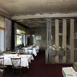 Neusaesser_Hof_Garni-Neusaess-Breakfast_room-85699.jpg