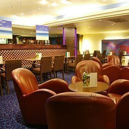 Бар DoubleTree by Hilton Bristol City Centre Bristol (City of Bristol, England)