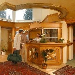 Recepción Ringhotel Nebelhornblick