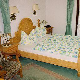 Sassenhof_Landhaus-Muelheim-Room-86446.jpg