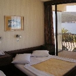 Arkada-Stari_Grad-Double_room_superior-86597.jpg