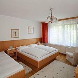 Weisz-Frauenkirchen-Room-1-88129.jpg
