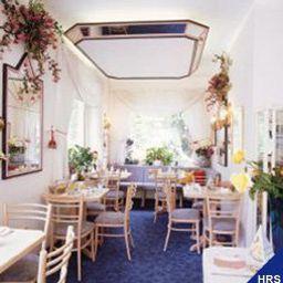 Neuhoefer_am_Suedpark-Bad_Nauheim-Restaurantbreakfast_room-88304.jpg