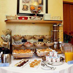 Salle du petit-déjeuner Lirico