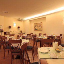 Sala colazione Villa dei Bosconi