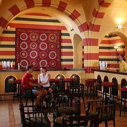 Iberotel_Makadi_Oasis-Hurghada-Hotel_bar-1-89427.jpg