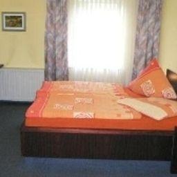 Altes_Casino-Quierschied-Room-2-90092.jpg