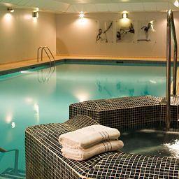 De_Vere_Venues_New_Place-Southampton-Pool-1-90694.jpg