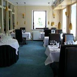 Kischers_Landhaus-Hanover-Restaurant-2-91553.jpg