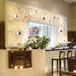 Moevenpick_Hotel_Istanbul-Istanbul-Hotel_bar-2-91712.jpg