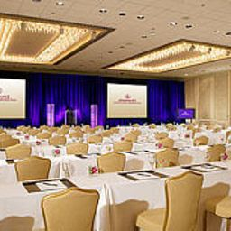 DoubleTree_by_Hilton_Hotel_Houston_-_Greenway_Plaza-Houston-Hall-18-100267.jpg