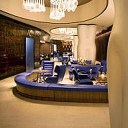 Vestíbulo del hotel Renaissance New York Times Square Hotel