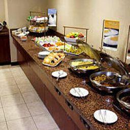 Courtyard_Boston_Westborough-Westborough-Restaurant-1-100353.jpg