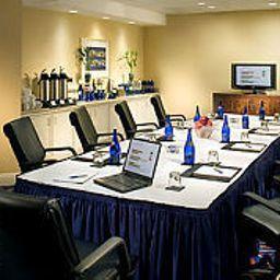 Marriott_Stanton_South_Beach-Miami_Beach-Conference_room-4-101523.jpg