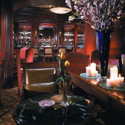 DC_Washington_The_Ritz-Carlton-Washington_D_C_-Hotel-Bar-2-102061.jpg