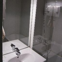 Le_Louisiane_INTER_HOTEL-Andelnans-Standard_room-102286.jpg