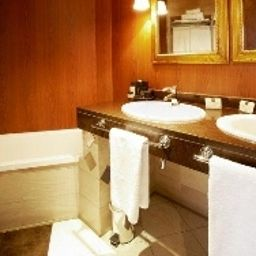 Bathroom Plaza