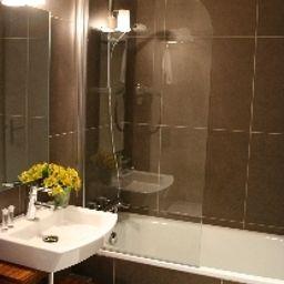 Le_Vingt_Prieure-Paris-Bathroom-3-103642.jpg
