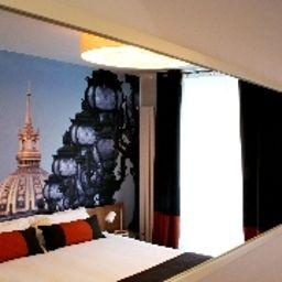 Le_Vingt_Prieure-Paris-Room-10-103642.jpg