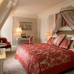 Hotel_Balzac-Paris-Room_with_balcony-103737.jpg