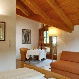 Das_kleine_Hotel_Ortner-Stumm-Suite-1-104257.jpg