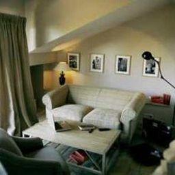 Auberge_Basque_Chateaux_et_Hotels_Collection-Saint-Pee-sur-Nivelle-Interior_view-1-104856.jpg
