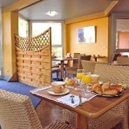 Brise_de_Mer-Saint-Raphael-Restaurantbreakfast_room-107622.jpg