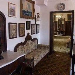Interni hotel Del Almirante / Collingwood House