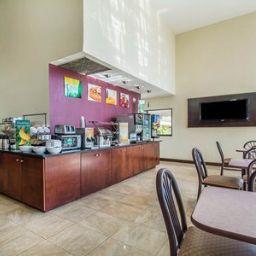 Interni hotel Quality Inn & Suites at Tropicana Field