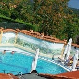 Swimming pool Villa Letan