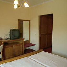 Zimmer Kager Harkany