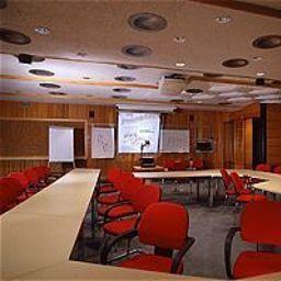 Tyrolis-Zirl-Conference_room-142849.jpg