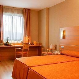 Posadas_de_Espana-Pinto-Room-5-143952.jpg