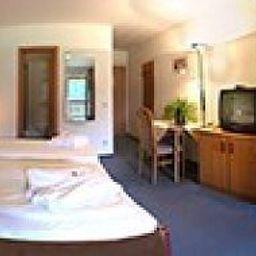 Tannenhof_Landhotel-Schoefweg-Langfurth-Standard_room-144032.jpg