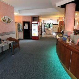 Gabry-Riva_del_Garda-Reception-1-144698.jpg