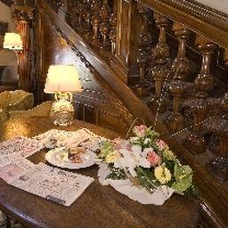 Interior del hotel Castello dell Oscano