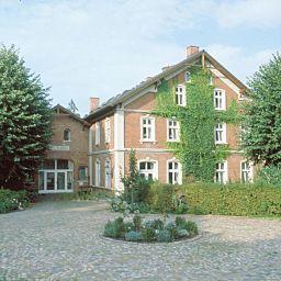 Ausspann_Hotel_Restaurant_GmbH-Hamburg-Exterior_view-1-145240.jpg