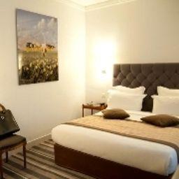 Standard room Royal Magda Etoile