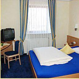 Bockmaier-Oberpframmern-Room-1-145974.jpg