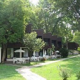 Melis_Panzio_es_Etterem-Balatonlelle-Garden-4-146002.jpg